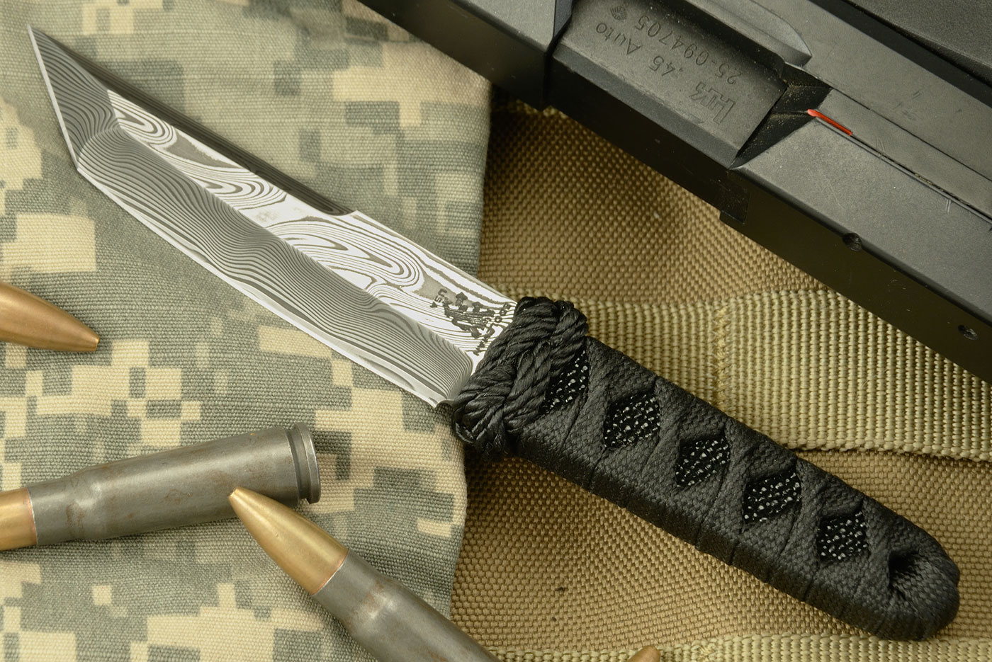 Mini Tanto with Damascus and Black Rayskin Wrap